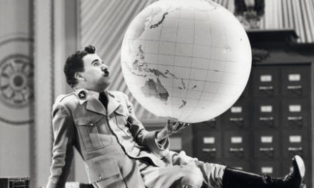 Image illustrant l'article big_great_dictator_academy_print_globe_scene de Clio Collège