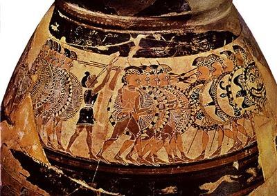 Hoplites s'affrontant, suivit par un joueur de flûte